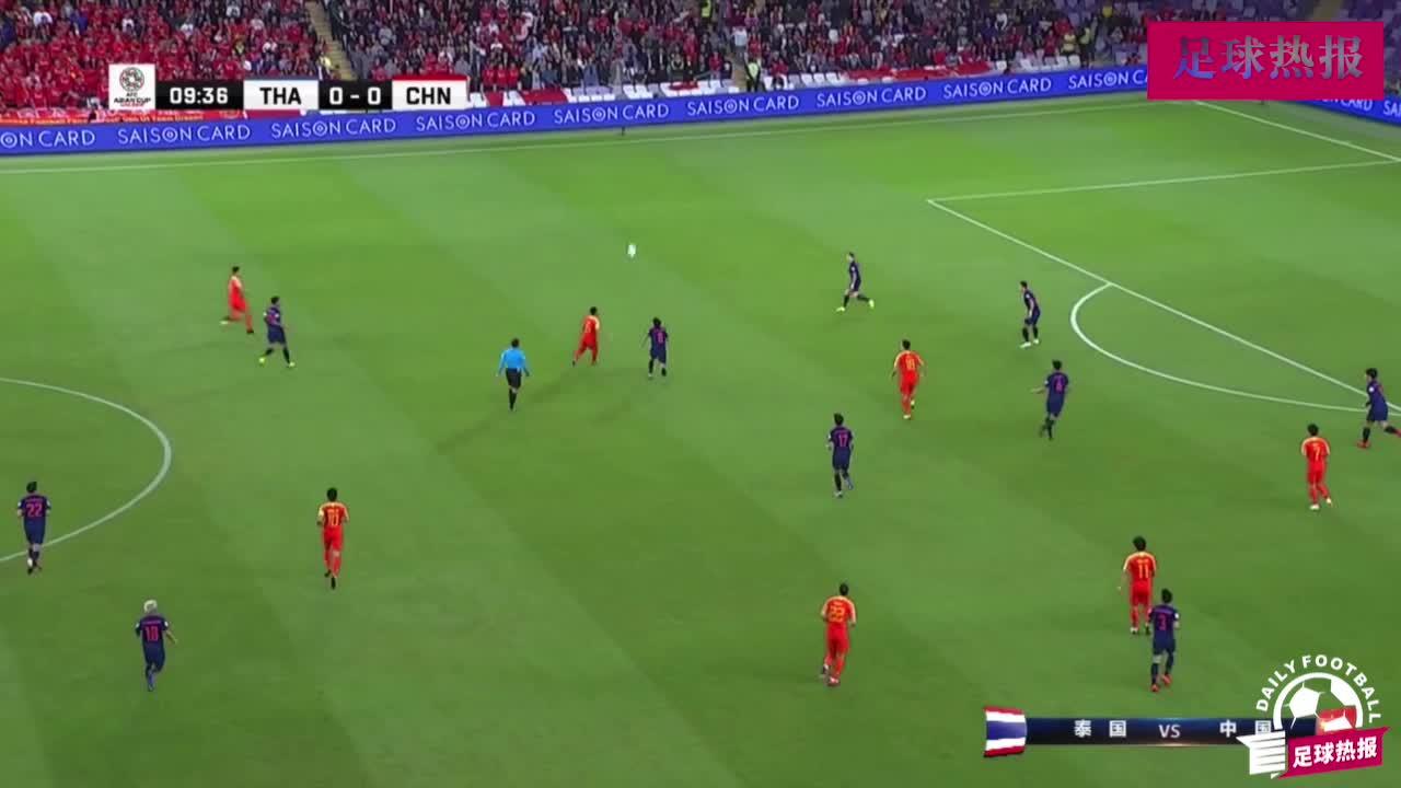 武磊开场第一次单刀,如果角度够就进球了,武球王跑位欧洲水准!