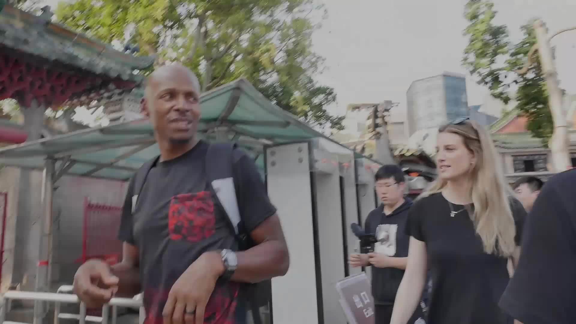 雷阿伦中国行VLOG,跟着君子雷去看看广东篮球吧
