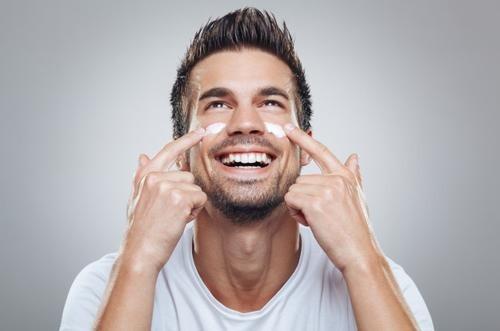 4种方法,男生用了也能轻松变白净!
