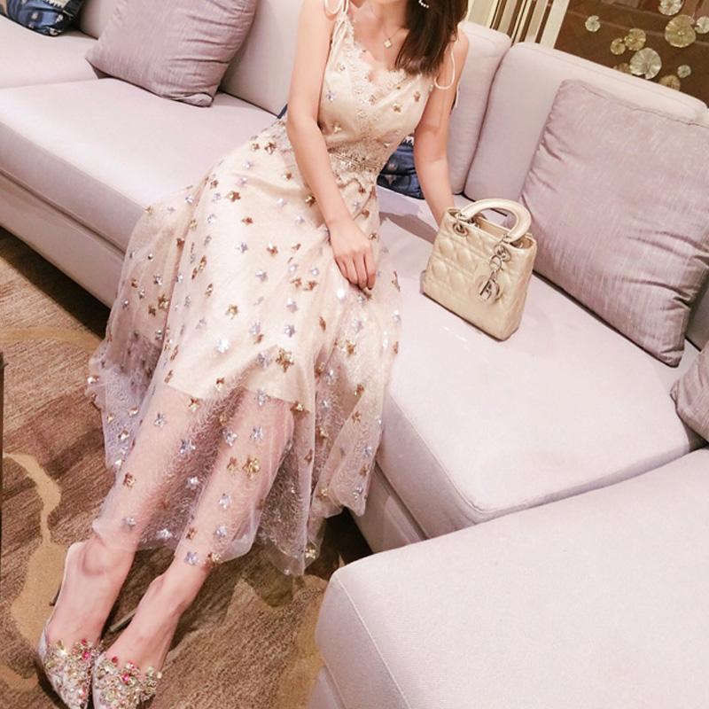 星星亮片蕾丝心机连衣裙泰国潮牌度假沙滩裙优惠券