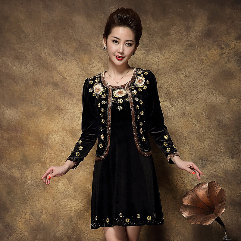 春装套装女装气质长袖连衣裙金丝绒两件套优惠券