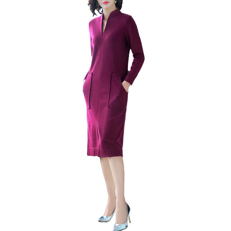 """温婉大方的""""针织连衣裙"""",让现代感的气息大大上升,包容性强"""