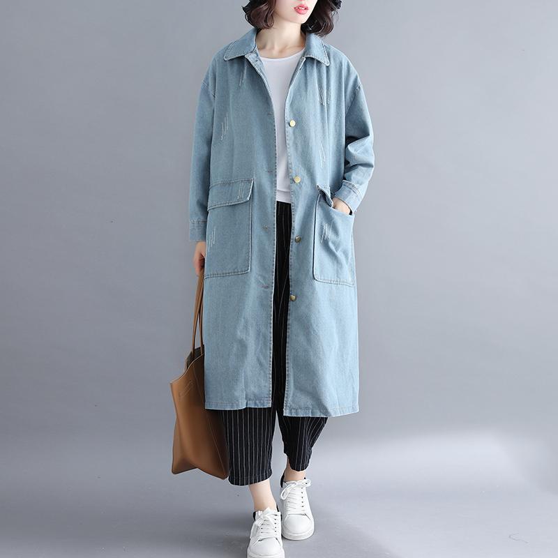今年特别流行这款牛仔外套,穿上特别洋气百搭,上身非常舒适