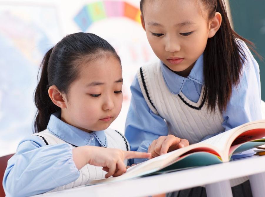 """北大学霸——若想孩子上""""重点大学"""",少上补习班,多看这7本书"""