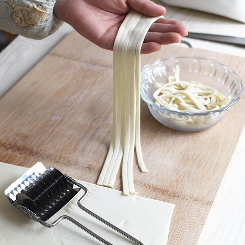 DIY家用不锈钢手动切面器小型压面面条机优惠券