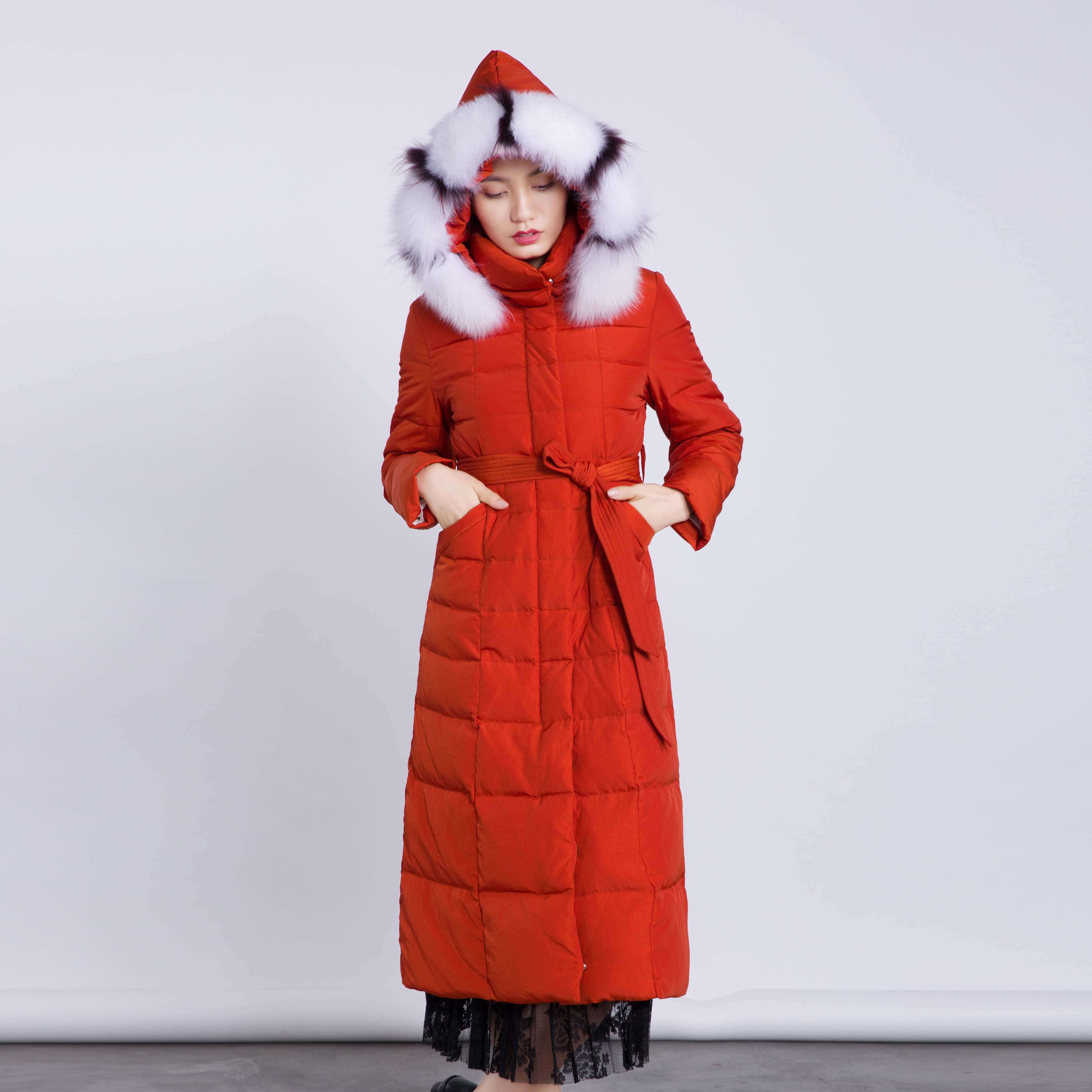 连帽过膝保暖狐狸毛领配腰带女长款羽绒服优惠券