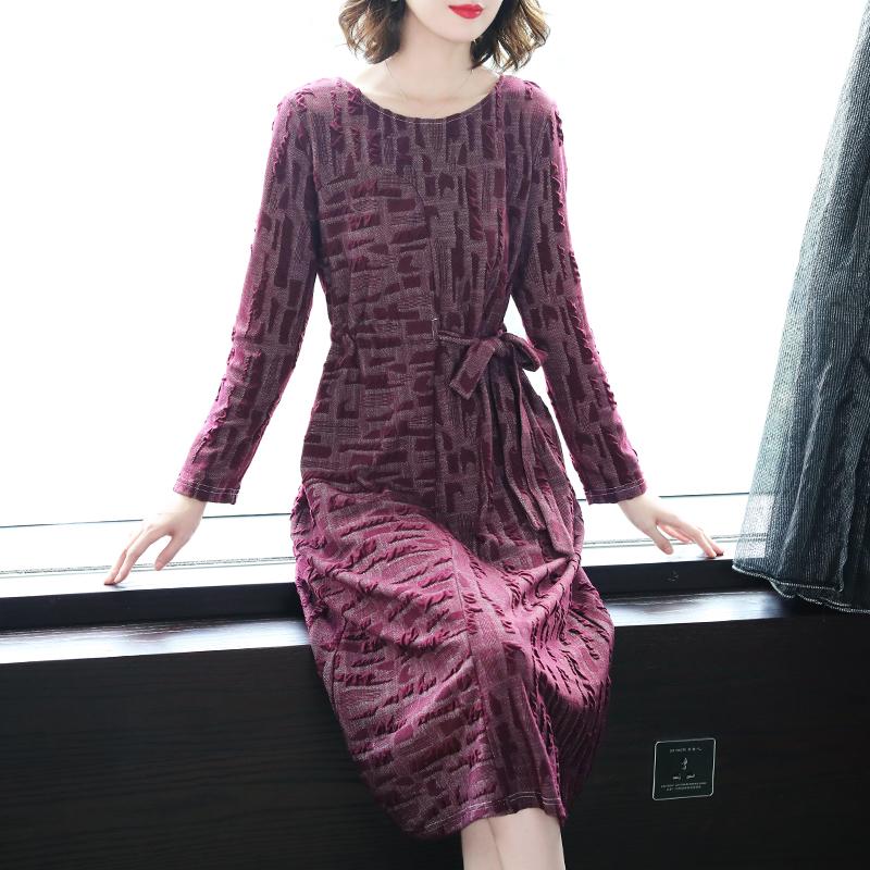 裙子不要穿太短,俗气,中长款连衣裙,体验不一样的唯美与浪漫