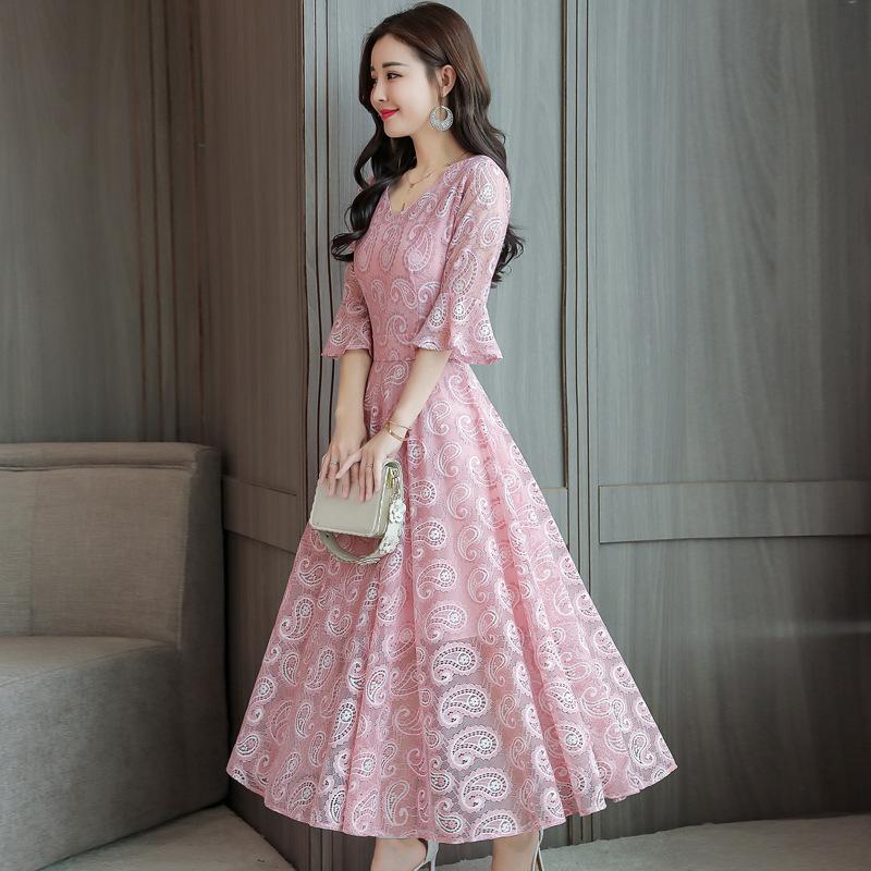 """我的妈呀!太好看了!老婆穿这样的""""蕾丝裙"""",清爽减龄又洋气"""