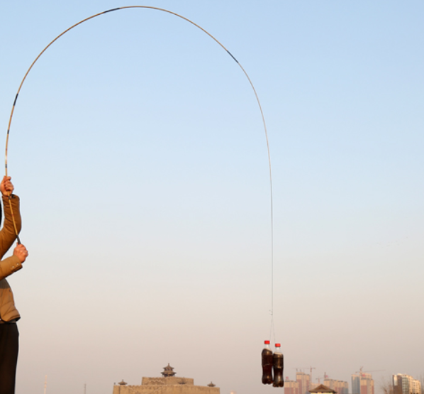 爱钓鱼的有福了,这些钓竿360°弯曲不断杆,一下买3根不心疼