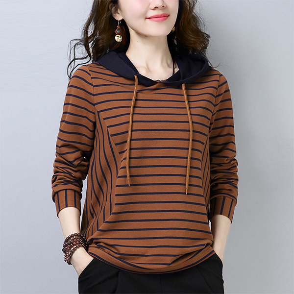 哇!今年的卫衣又火了!上身显瘦又时髦,十件毛衣都抵不上它美