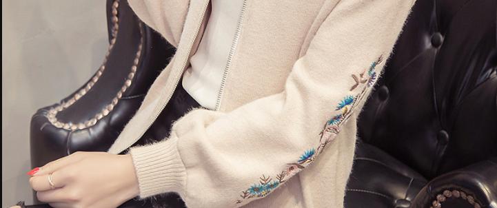 """有一种秋衣叫""""开衫"""",比风衣洋气千百倍,特适合7080后女人"""
