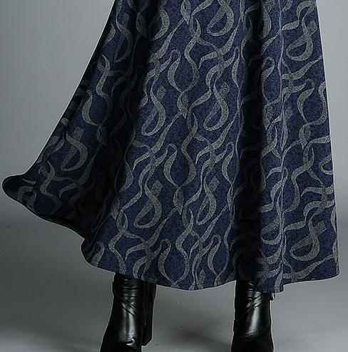 中秋节聚会,建议穿这过膝秋裙+靴子,特别六零后穿,真的美死了