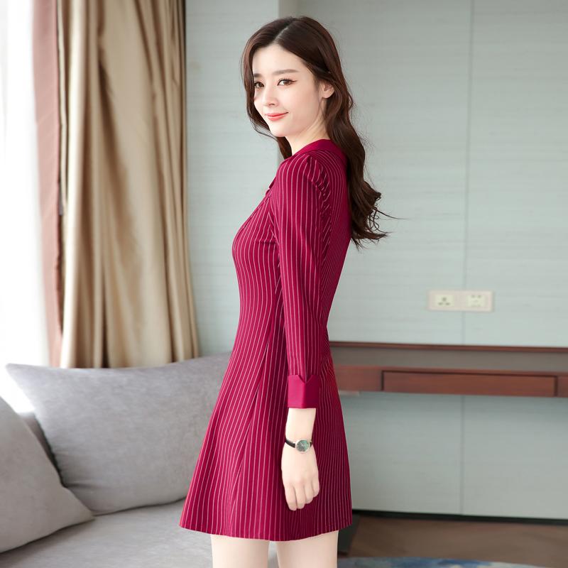 新款秋装韩版修身A字裙条纹打底裙优惠券