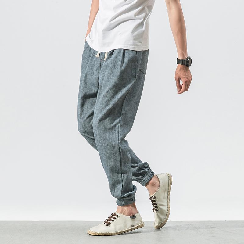 这款休闲裤是今年看过最好看的裤子,超极气质百搭,时尚显气魄