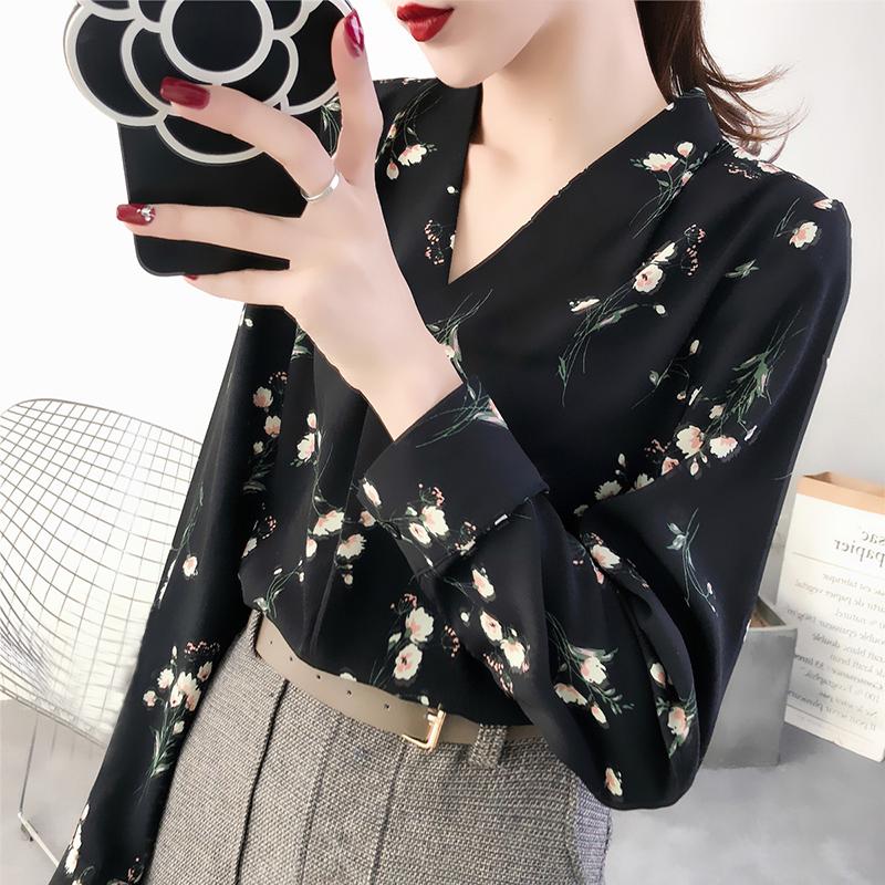"""新出炉""""长袖衫"""",好穿不贵,超减龄,特适合35-55岁女人穿"""
